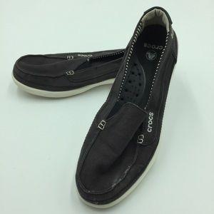 Crocs women's 11 gray slip on shoes